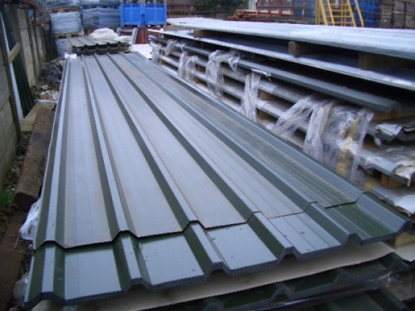 Pack of 18 ft Dark Green Polymer Coated Box Profile Roof Sheets