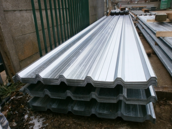 New 12 ft x 1.000 Mtr    Galvanised Box Profile Roofing Sheets